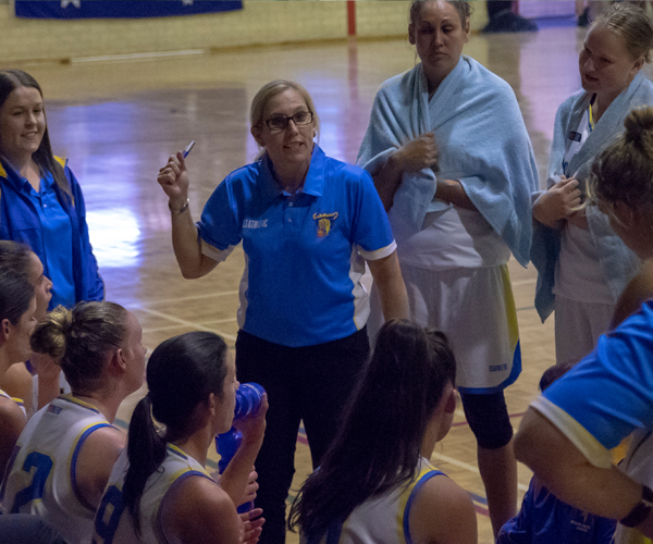 Thompson aiming for WNBL but focus on developing Cougars