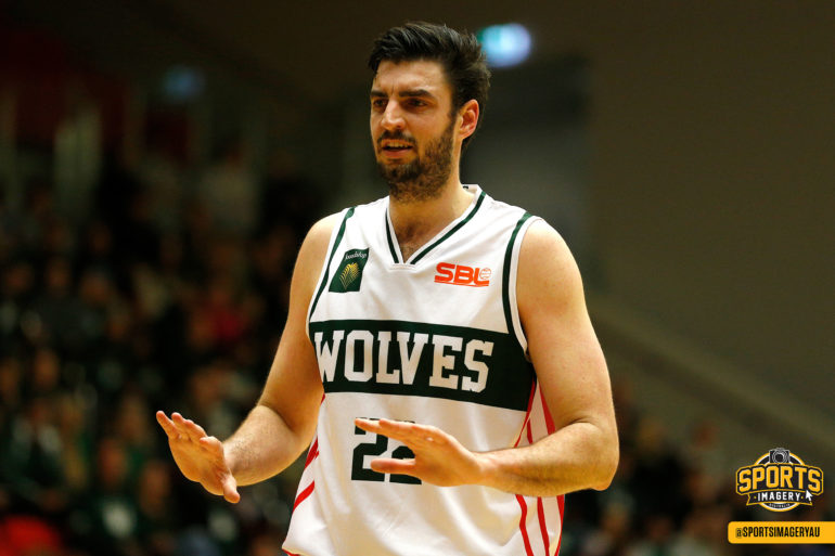 Huntington hungry for championship to reward all at Wolves